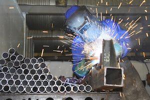 Welder With Aluminum Tubes