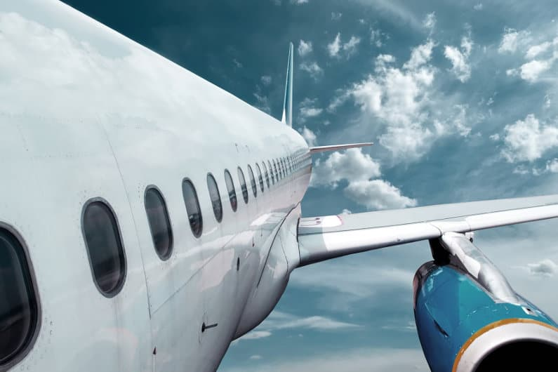 Airplane flying - 6061 vs. 7075
