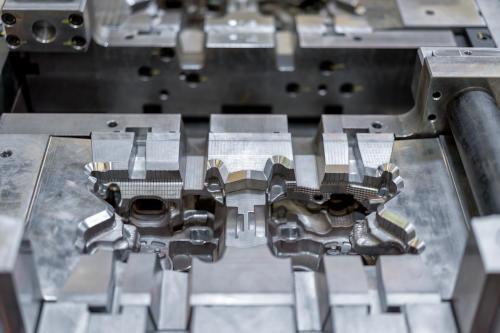 Aluminum die casting mold for automotive parts
